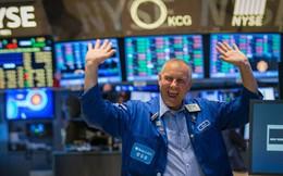 Dow Jones phục hồi hơn 400 điểm sau phiên sụt giảm thảm hại, tín hiệu tốt cho chứng khoán châu Á