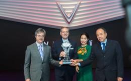 """VinFast được vinh danh giải thưởng """"Ngôi sao mới"""" tại triển lãm Paris Motor Show 2018"""
