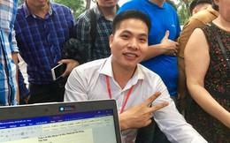 """Người đầu tiên đặt cọc mua xe VinFast tại Hà Nội: """"Giá xe tiền tỷ không quá đắt, vì đó là tên tuổi của Việt Nam"""""""