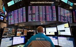 """Dow Jones mất hơn 550 điểm, mọi thành quả của năm 2018 """"đổ sông đổ biển"""""""