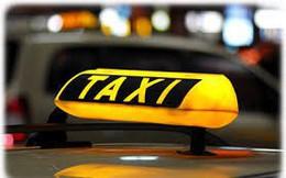 Bộ Giao thông đề nghị Hà Nội bỏ quy định 'khoác đồng phục' taxi