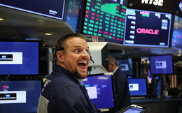 Bất chấp những lo ngại về thoả thuận thương mại, Dow Jones tăng hơn 200 điểm