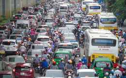 Thu phí xe vào nội đô: Nói nhiều rồi, giờ là lúc Hà Nội thực hiện