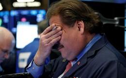 Giáng sinh đen tối của chứng khoán Mỹ, Dow Jones mất hơn 650 điểm, thủng mức 22.000 điểm