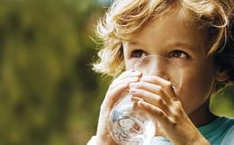 Cậu bé 9 tuổi có hơn 50 viên sỏi trong thận, nguyên nhân không ngờ là từ chính thói quen ăn uống này