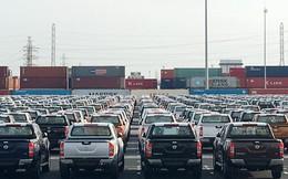 Thuế ô tô 0%, hải quan vẫn vượt đích thu ngân sách nhờ xăng dầu