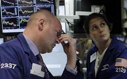 """Dow Jones mất hơn 500 điểm, mọi thành quả của năm 2018 đều bị """"thổi bay"""""""
