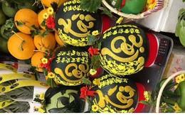 Trái cây Tết tại TPHCM: Hàng ngoại bán chạy, hàng nội ế ẩm