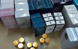TP.HCM: Gần 10.000 chai nước hoa làm giả các nhãn hiệu nổi tiếng bị thu giữ
