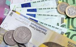 """Các đồng tiền """"tránh bão"""" tăng giá do chứng khoán Mỹ lao dốc"""