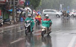 Không khí lạnh đổ bộ, Bắc bộ và Trung bộ có mưa dông, trời chuyển rét