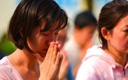 Cư dân Carina làm lễ cầu siêu cho 13 nạn nhân tử vong trong vụ cháy