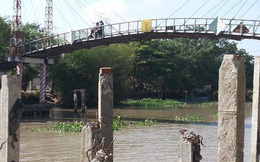 Cầu BOT thu phí 5 năm trong khi chưa được duyệt mức thu phí