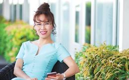 Xếp thứ 55 trong danh sách những phụ nữ quyền lực nhất thế giới của Forbes, tỷ phú Nguyễn Thị Phương Thảo vẫn không quên thiên chức làm vợ, làm mẹ