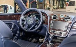 """Trải nghiệm Bentley Bentayga SUV có giá 246.000 đô: Người lái phải thốt lên """"Thật tuyệt vời, nó vi vu như một cơn gió"""""""