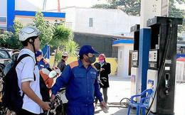 """Tăng thuế xăng dầu: """"Nếu minh bạch, bao nhiêu dân cũng đóng"""""""