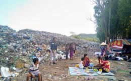 """Ớn lạnh với """"núi rác"""" ở đảo ngọc Phú Quốc"""