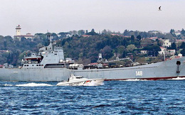 """Nga cấp tốc chở vũ khí sang """"tiếp sức"""" cho Syria: Hầm tàu chất đầy tên lửa phòng không?"""
