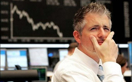 """Thị trường chìm trong """"biển lửa"""", khối ngoại đẩy mạnh bán ròng 260 tỷ đồng trong phiên 26/4"""