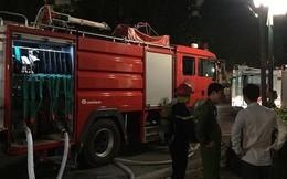Hà Nội: Cháy lớn kèm theo tiếng nổ khiến nhiều người hoảng sợ