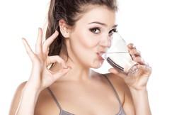 Điều bất ngờ gì xảy ra khi bạn chỉ uống nước liên tục trong 30 ngày