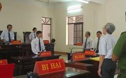 """Thẩm phán xử án treo cho Nguyễn Khắc Thủy bị """"khủng bố"""" tin nhắn"""