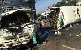 Ô tô khách và xe tải lao vào nhau ở Lâm Đồng, 11 người thương vong