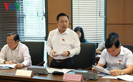 """Phó Trưởng Đoàn ĐBQH Thanh Hoá nói về việc """"lãnh đạo tỉnh đi xe sang"""""""
