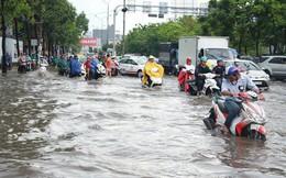 """Chủ """"siêu máy bơm"""" ở Sài Gòn nói đường Nguyễn Hữu Cảnh ngập sâu hôm nay vẫn trong giới hạn"""