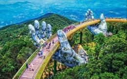 """Ngắm """"tiên cảnh"""" từ cây cầu vàng được nâng đỡ bởi đôi bàn tay khổng lồ ấn tượng ở Đà Nẵng"""