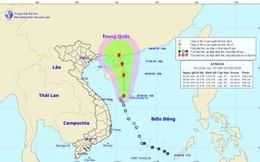 Áp thấp nhiệt đới trên Biển Đông gây mưa lớn khu vực miền Trung