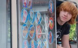 """[Sống đẹp] Từ chuyện """"Phù thủy nhí trường Hogwarts"""" Rupert Grint dù sở hữu triệu đô vẫn đi bán kem dạo, hãy nhớ: Mỗi người có một giấc mơ ẩn giấu đợi chính mình đánh thức"""