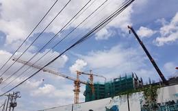TP.HCM: Sập cần cẩu khiến dân hú vía, dự án Topaz Elite bị đình chỉ thi công