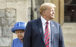 Tổng thống Trump 3 lần phá vỡ quy tắc hoàng gia khi diện kiến Nữ hoàng Anh tại lâu đài Windsor