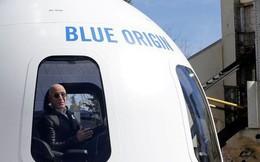 Jeff Bezos bán vé từ 200.000 USD một chuyến du lịch vào vũ trụ