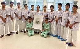 Tất cả các thành viên đội bóng Thái Lan được trở về nhà