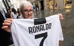 Sự thật về việc Juventus bán áo Ronaldo 24 giờ là đủ nửa tiền mua CR7