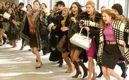 """Chiến lược đặc biệt này giúp Zara tăng trưởng mạnh mẽ, khi đối thủ H&M đang chết chìm trong """"núi quần áo ế"""" lên tới 4 tỷ USD"""