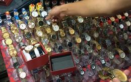 Đồng hồ hàng hiệu Omega, Rolex bán như… 'bán rau'