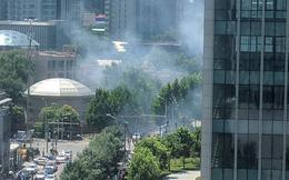 NÓNG: Đánh bom rung chuyển bên ngoài đại sứ quán Mỹ tại Bắc Kinh, nghi phạm đến từ Nội Mông
