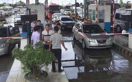 Tài xế bao vây phản đối trạm BOT Mỹ Lộc