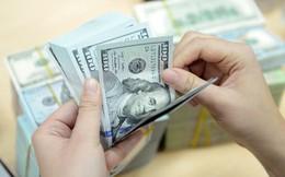 Vietcombank bán USD giá kịch trần, tỷ giá tiếp tục tăng