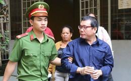 """Hoãn xử vụ logo """"xe vua"""" do luật sư bận tham gia phúc cung cựu tướng Phan Văn Vĩnh"""