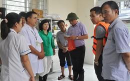 Hà Nội: Cử 3 bệnh viện khám cho người dân vùng ngập, đã có hàng chục ca đau mắt đỏ