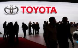 Toyota rót nửa tỷ USD vào Uber để phát triển xe không người lái
