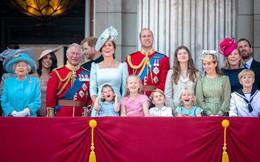 """Không phải Hoàng tử William hay vợ chồng Hoàng tử Harry, đây mới chính là nhân vật """"tinh nghịch"""" được yêu mến nhất Hoàng gia Anh"""