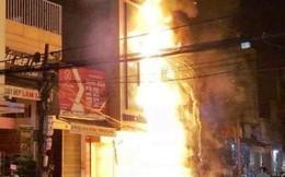 Cháy lớn trên phố sầm uất nhất Thanh Hóa, tân Giám đốc Công an tỉnh tới hiện trường