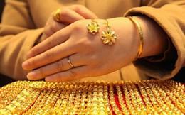 Giá vàng trong nước còn cao hơn thế giới 3 triệu đồng/lượng