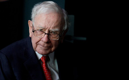 """Warren Buffett: Việc Apple đầu tư vào Tesla là một """"ý tưởng tồi tệ"""""""
