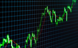 """Phiên 6/8: Khối ngoại tiếp tục bán ròng gần 400 tỷ đồng trên HoSE, tập trung """"xả"""" VIC, VNM, GTN"""